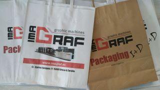 Impresión en bolsa de papel blanco y Kraft.